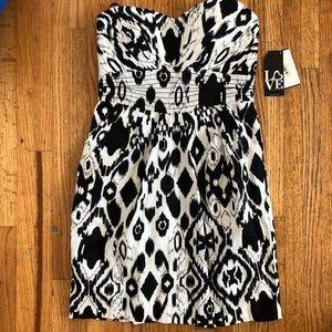 Love strapless dress size 5 NWT